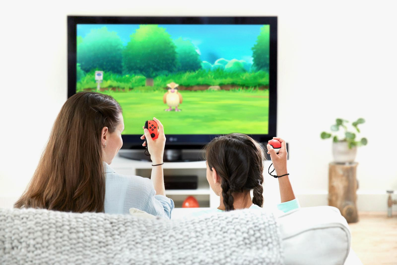 Website-pokemon-tv-mom-daughter2